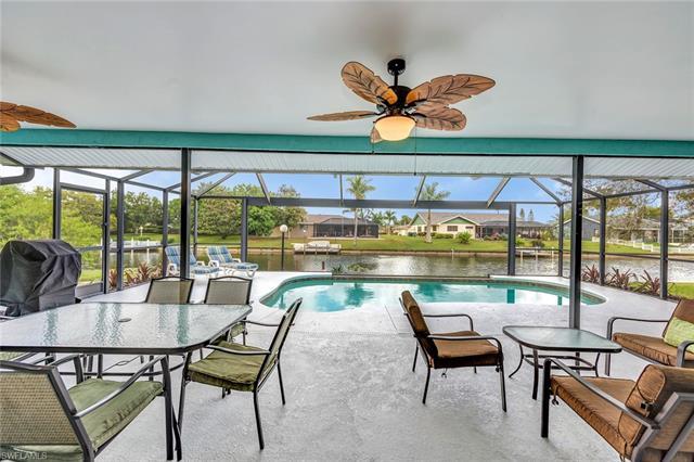 609 Se 19th Ct, Cape Coral, FL 33990