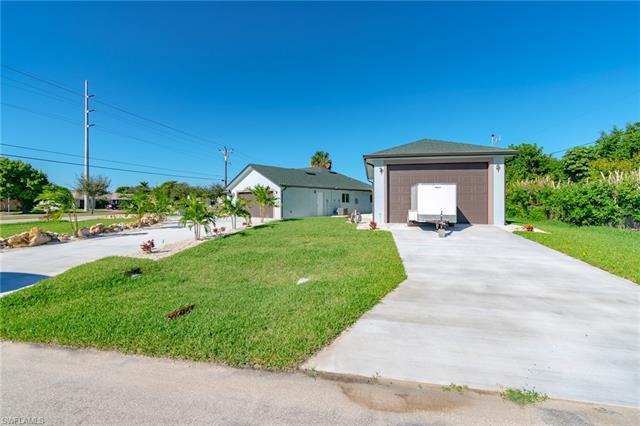 3617 Santa Barbara Blvd, Cape Coral, FL 33914