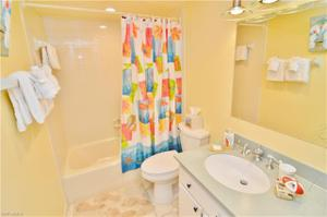17080 Harbour Pointe Dr 1014, Fort Myers, FL 33908