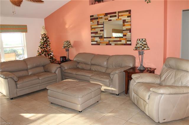 3016 Nw 46th Pl, Cape Coral, FL 33993