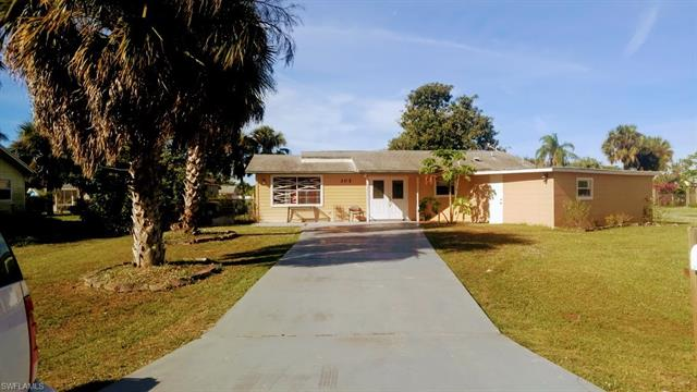 305 Dartmouth Ave, Lehigh Acres, FL 33936