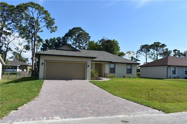 8176 Anhinga Rd, Fort Myers, FL 33967