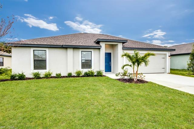 111 Blackstone Dr, Fort Myers, FL 33913