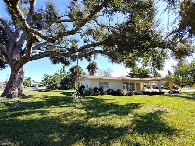112 Clayton Ave, Lehigh Acres, FL 33936