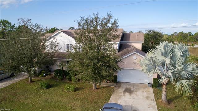 910 Countess Ave, Lehigh Acres, FL 33974