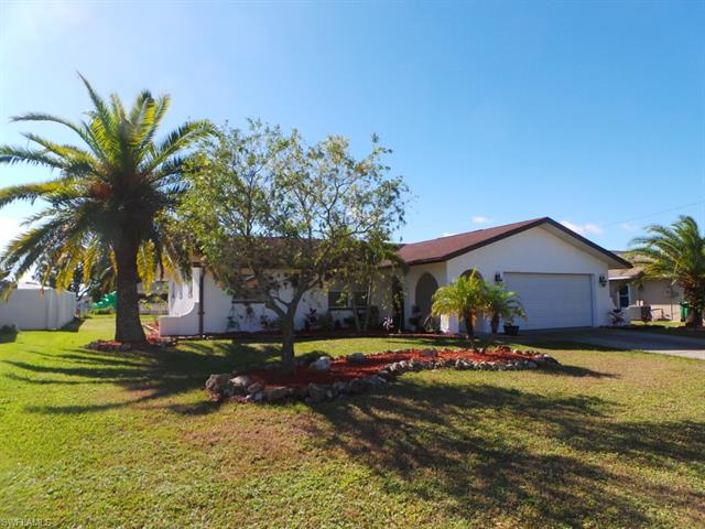 922 Se 27th St, Cape Coral, FL 33904