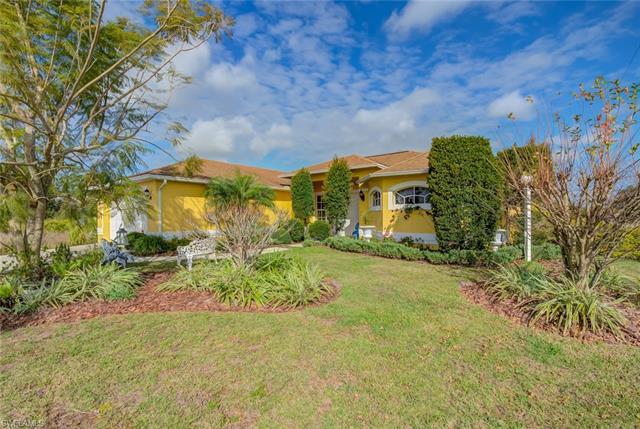 4000 7th St Sw, Lehigh Acres, FL 33976