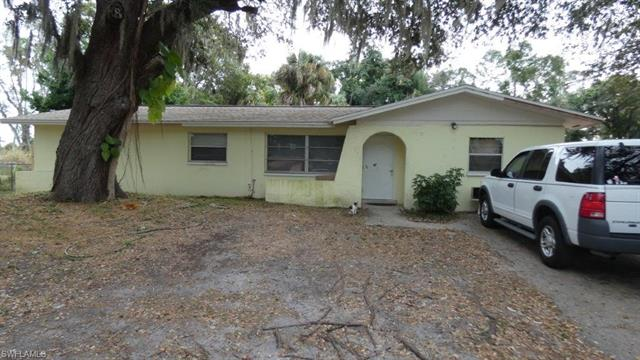 871 Dellena Ln, Fort Myers, FL 33905