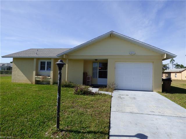 10692 Tuliptree Ct, Lehigh Acres, FL 33936