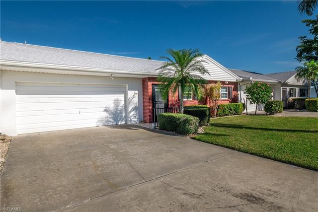 1477 Palm Woode Dr, Fort Myers, FL 33919