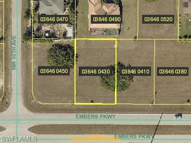 917 Embers Pky W, Cape Coral, FL 33993