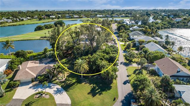 9056 Mockingbird Dr, Sanibel, FL 33957