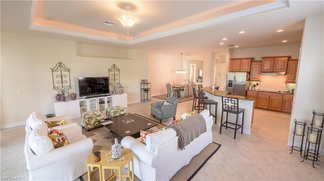 10439 Heritage Bay Blvd, Naples, FL 34120