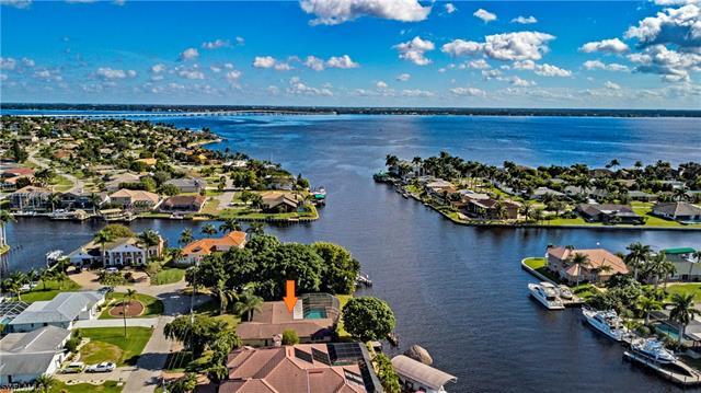 2054 Se 28th St, Cape Coral, FL 33904