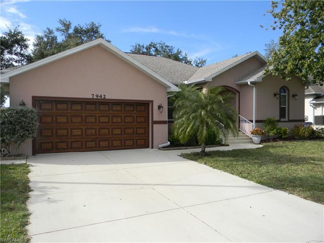 7942 Sandel Wood Cir W, Fort Myers, FL 33908
