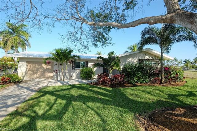 261 Randy Ln, Fort Myers Beach, FL 33931