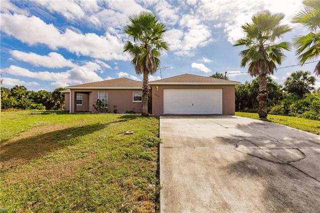 8233 Wawana Rd, North Port, FL 34287