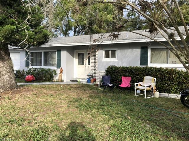 13458 2nd St, Fort Myers, FL 33905