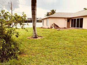 2206 Sw 12th Pl, Cape Coral, FL 33991