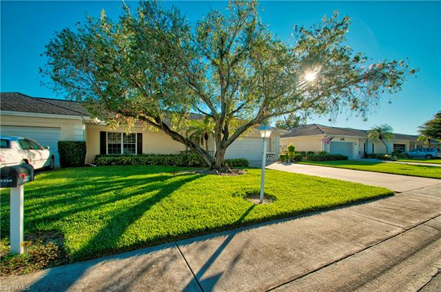 1226 Broadwater Dr, Fort Myers, FL 33919