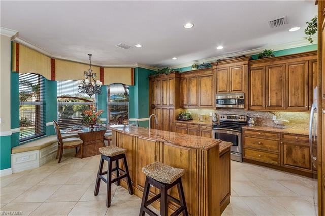 10317 Longleaf Pine Ct, Fort Myers, FL 33913