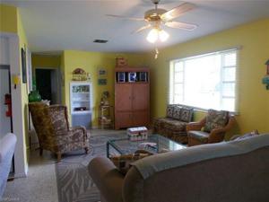 224 Virginia Ave, Fort Myers Beach, FL 33931