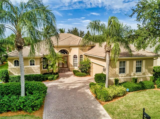 8913 Crown Colony Blvd, Fort Myers, FL 33908
