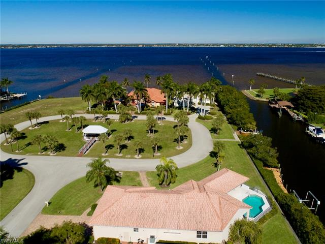 15071 Intracoastal Ct, Fort Myers, FL 33908
