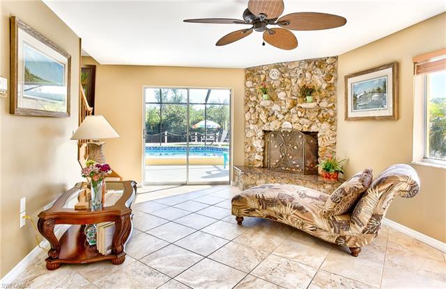 7146 Shannon Blvd, Fort Myers, FL 33908