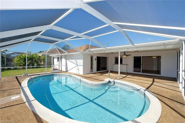 304 Kamal Pky, Cape Coral, FL 33904