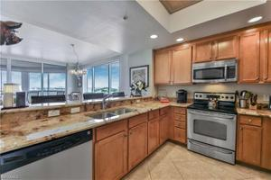 2090 W First St 610, Fort Myers, FL 33901