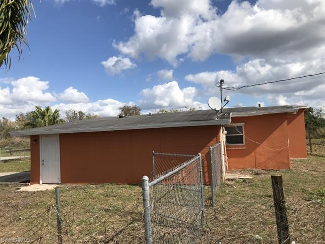 3972 Lora St, Fort Myers, FL 33916