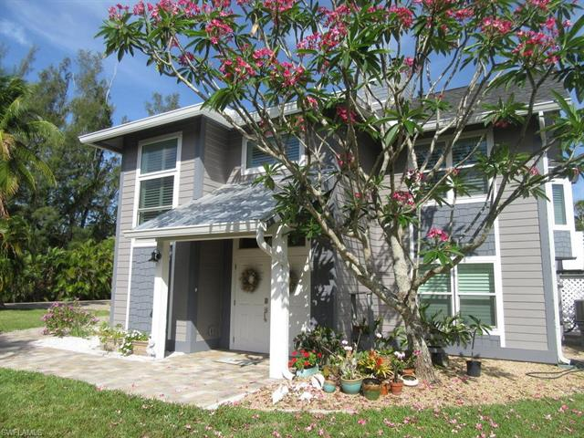 9393 Peaceful Dr, Sanibel, FL 33957