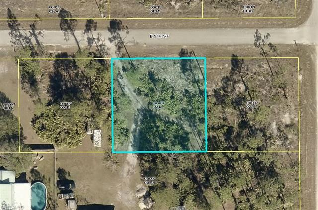 4104 E 9th St, Lehigh Acres, FL 33972