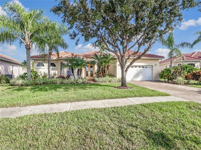 2245 Valencia Lakes Cir, Naples, FL 34120