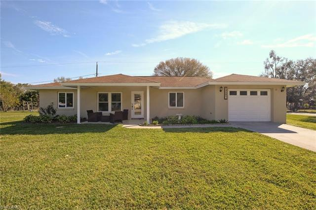 13801 3rd St, Fort Myers, FL 33905