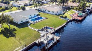963 S Town And River Dr, Fort Myers, FL 33919