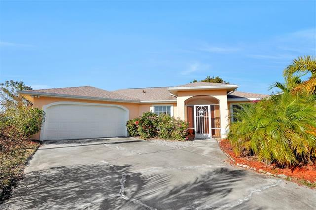 427 Nw 8th Ter, Cape Coral, FL 33993