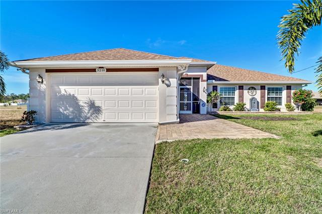 3210 Ne 14th Pl, Cape Coral, FL 33909