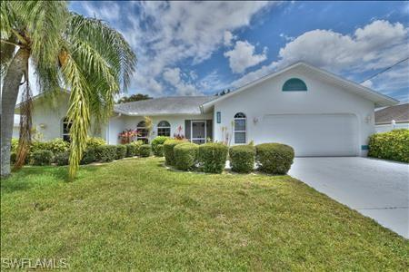 3707 Se 8th Pl, Cape Coral, FL 33904