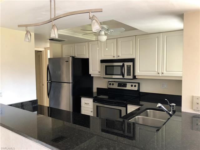 5645 Trailwinds Dr 525, Fort Myers, FL 33907