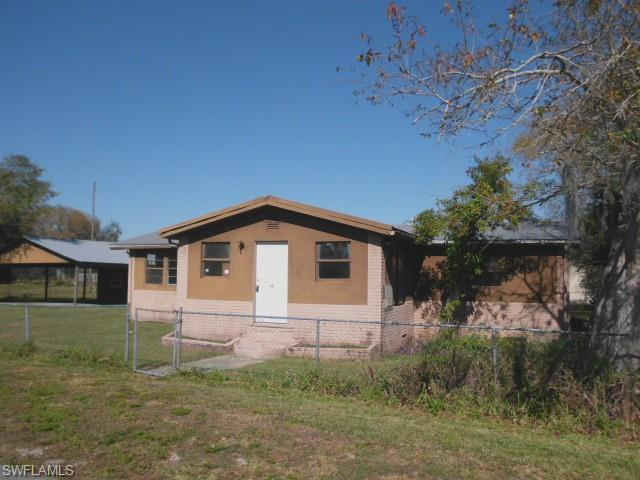 401 Avenue S Sw, Moore Haven, FL 33471