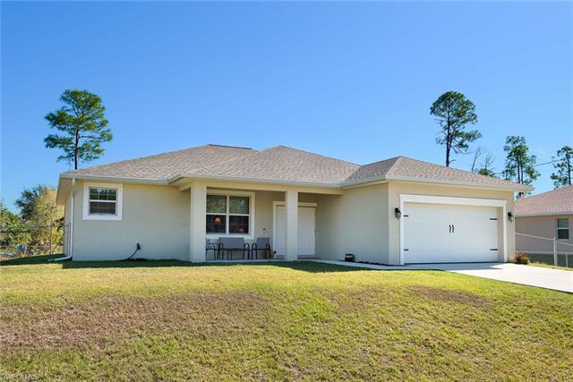 1118 Thompson Ave, Lehigh Acres, FL 33972