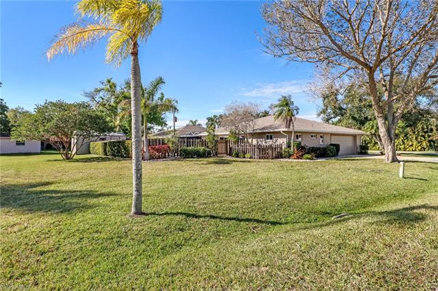 14539 Riverside Dr, Fort Myers, FL 33905