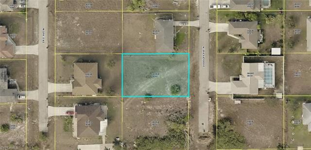 803 Douglas Ave N, Lehigh Acres, FL 33971