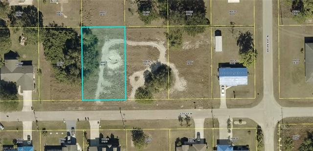 3906 6th St W, Lehigh Acres, FL 33971