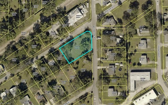 410 New York Dr, Fort Myers, FL 33905