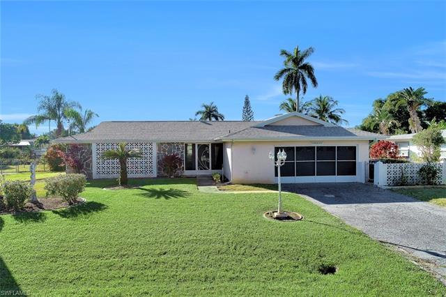 5618 Delido Ct, Cape Coral, FL 33904