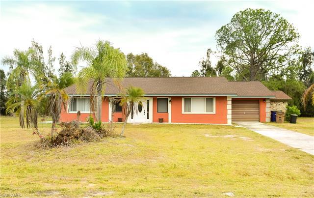 1406 Robert Ave, Lehigh Acres, FL 33972