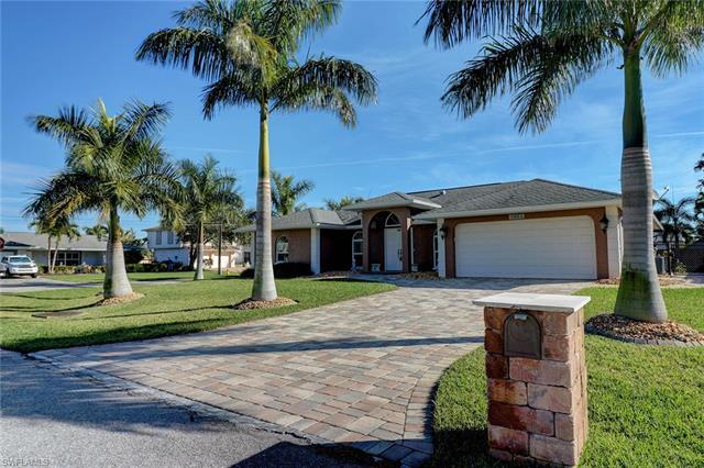 3901 Se 20th Ave, Cape Coral, FL 33904
